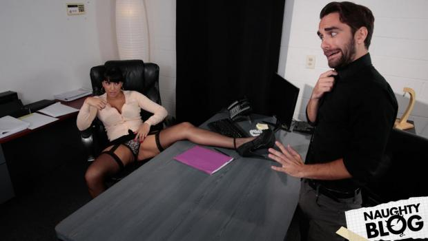 She Will Cheat - Mercedes Carrera: It Costs To Be The Boss (2018/FULLHD) [OPENLOAD]