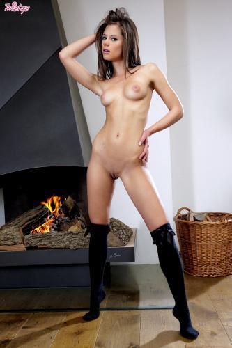там красивые сучки соло смотрела голый
