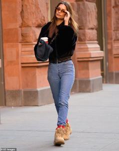 Emily Ratajkowski - Out in NYC 12/9/18
