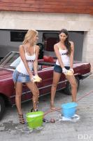 Peneloppe-Ferre-%26-Zafira-Girls-Gone-Wet-%26-Wild-m6tb632ig5.jpg