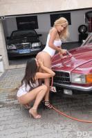 Peneloppe-Ferre-%26-Zafira-Girls-Gone-Wet-%26-Wild-v6tb642rlp.jpg