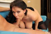 Anissa-Jolie-The-Big-Busty-Surprise-i6tb7i8xx1.jpg