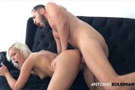 antoniosuleiman-18-09-22-the-blonde.jpg