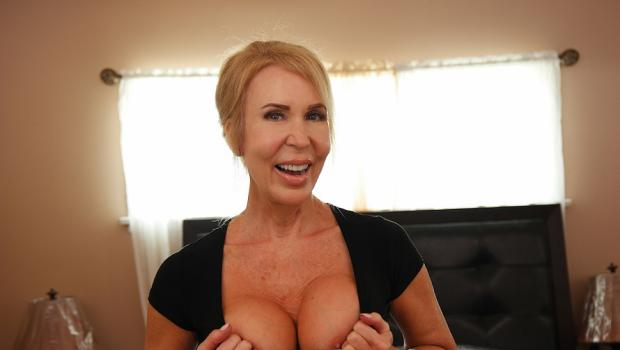 conorcoxxx-18-06-29-erica-lauren-mom-and-son-pay-for-dads-mistakes.jpg